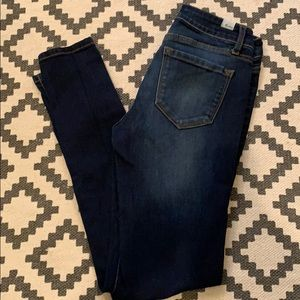 KanCan skinny jeans. Excellent like new condition.